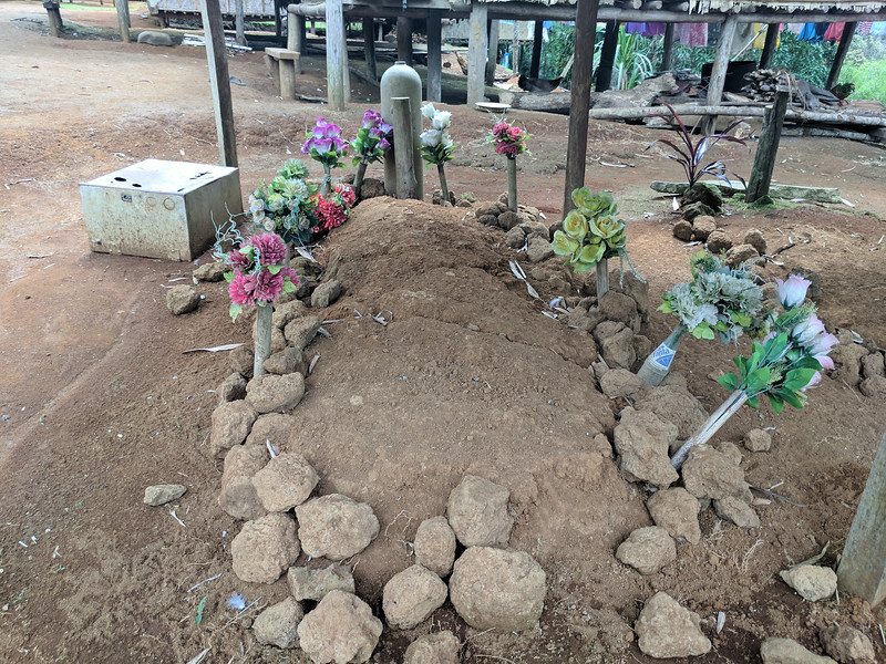 "According to the board nearby this grave is ""The Late Mr Faole Bokoi, Fuzzy Wuzzy Angel"""
