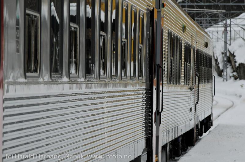 31.3.2011: Persontog Narvik stasjon.