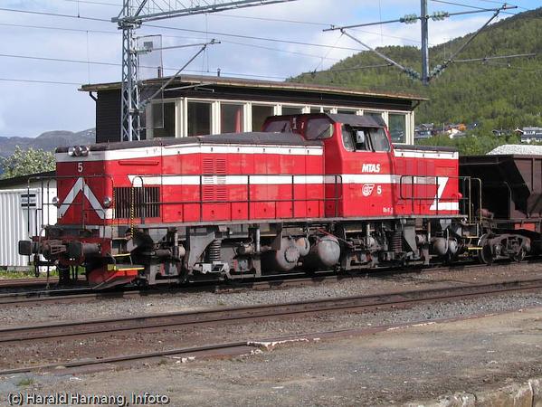 Diesel-lok for håndtering av malmvogner, Narvik stasjon.