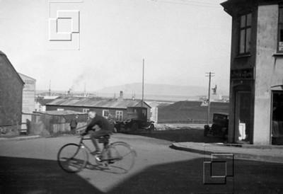 1924-5-Bankastræti9vIngólfsstræti-JóhannesGuðmGullsmiður