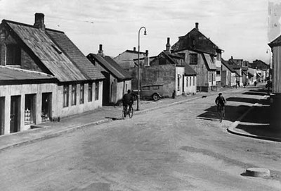 1925-35ABS10458-vesturg52