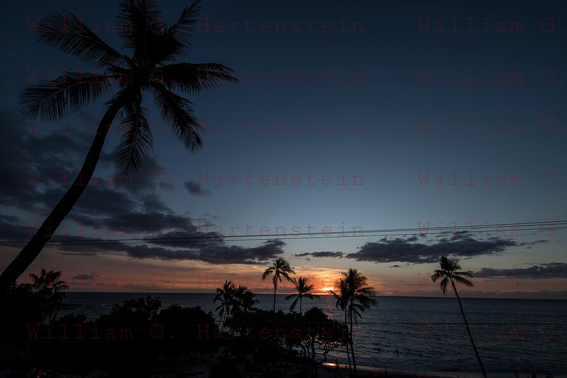 Kona Sunset- White Sands Village, Kona, HI. 11-21-2017