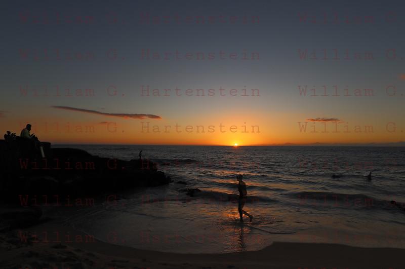 Kona Sunset- White Sands Beach, Kona, HI. 11-22-2017