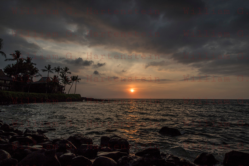 Sunset on the Kona Coast Kona, HI 11-26-17