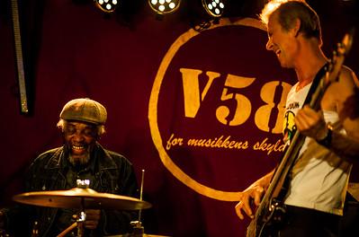 V58-Ed-Jones-Band-11122014-21