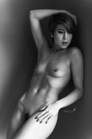 Wall Nude 1