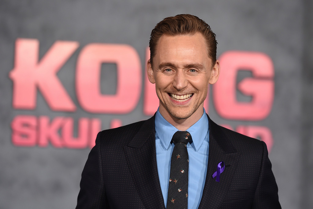""". Tom Hiddleston arrives at the Los Angeles premiere of \""""Kong: Skull Island\"""" at the Dolby Theatre on Wednesday, March 8, 2017. (Photo by Jordan Strauss/Invision/AP)"""