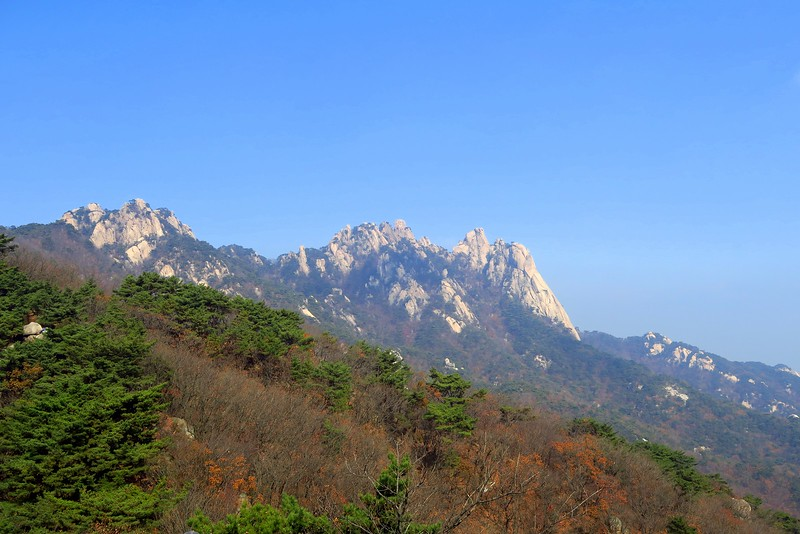 Hiking in Bukhansan National Park for free! Talk about visiting Seoul on a budget.