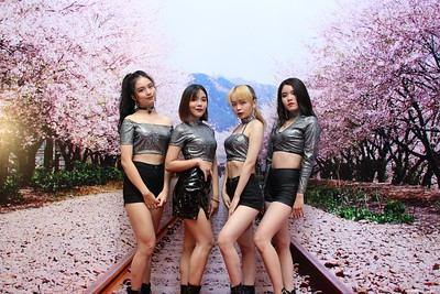 Korea-Incentive-Travel-Awards-2019-at-InterContinental-Saigon-instant-print-photo-booth-Chup-anh-in-hinh-lay-lien-Su-kien-tai-TP-Ho-Chi-Minh-Photobooth-Saigon-75