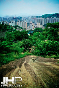 """Seoul From It's Edge"", Seoul, South Korea, 2008 Print KOR3-729-055"