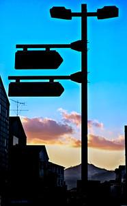 2011-11-20_Seoul_Gyedong_StreetSignsSunset-1271A