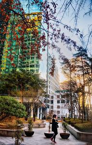 2015-01-23_Buildings_Red_highheels-HDR9577-
