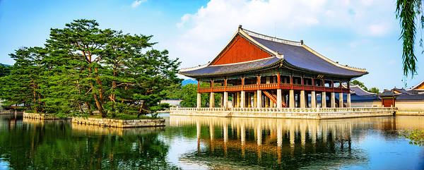 2015-08-29_Gyeongbog-gung-Gyeonghoeru-7003-Pano