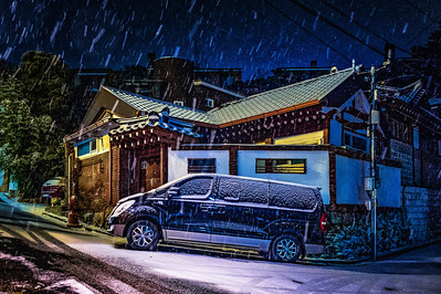 2018-01-10_Cheongun-dong_SnowyMidNite_HDR-2567-