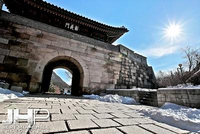 """North Gate #1"", Seoul, South Korea, 2010 Print KOR3C116-092"