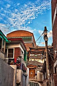 2011-09-18_Seoul_Gyedong_Hanok_Alley-8800-HDR