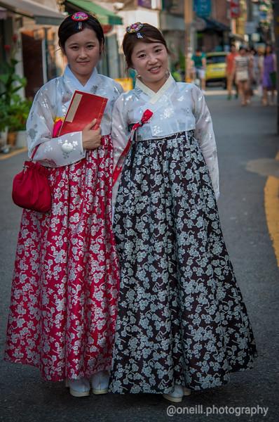 Sochun Hanbok Girls