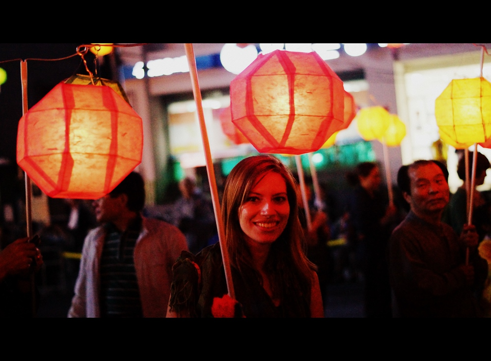 Audrey Bergner (That Backpacker) holding lanterns during the Lotus Festival in Seoul, Korea