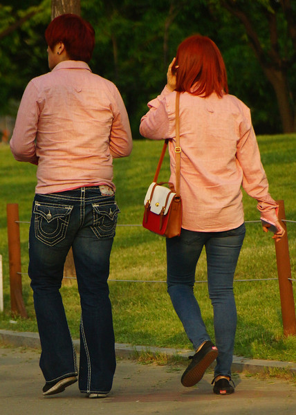 Couple with matching outfit and hair