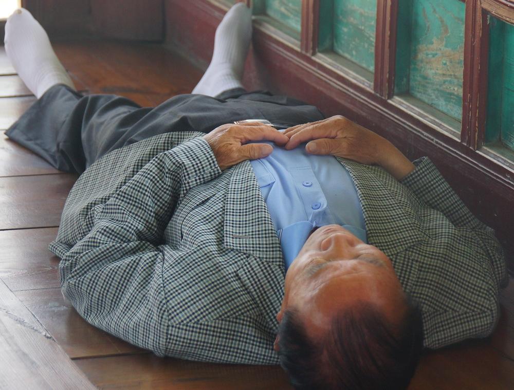 Korean Man Sleeping | Suwon, Korea | Travel Photo
