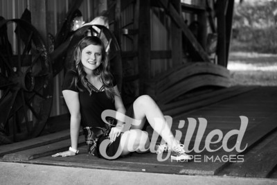 Kori Burger Senior Session (5)