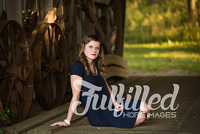 Kori Burger Senior Session (23)