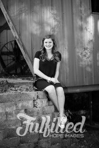 Kori Burger Senior Session (15)