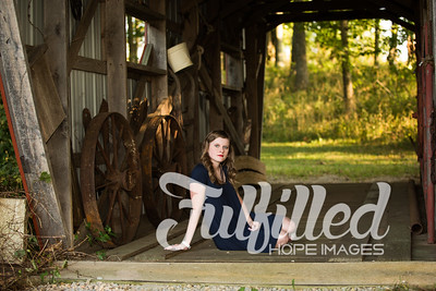 Kori Burger Senior Session (22)