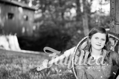 Kori Burger Senior Session (33)