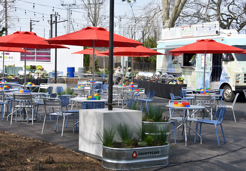 Zoo's new open-air food marketplace, offering an array of options from delicious fare to frequently-changing craft beers and vibrant wines. Featuring outdoor seating, eclectic artwork, vertical farm and a play zone, The Urban Green is set to be the best alfresco spot in Philadelphia!