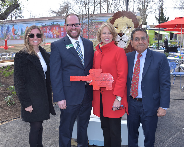 Tricia Sharkey, Assistant Vice President, WSFS Bank, Justin Dunn, WSFS Bank and Amy Shearer, Chief Marketing Officer at The Philadelphia Zoo and Vikram H. Dewan, president and CEO of the Philadelphia Zoo