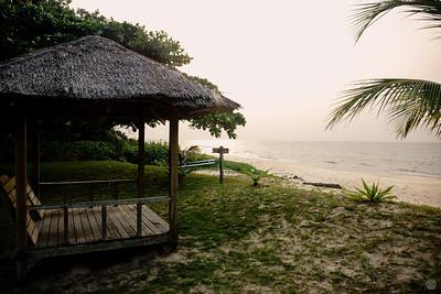 Tempurung Seaside Cabana