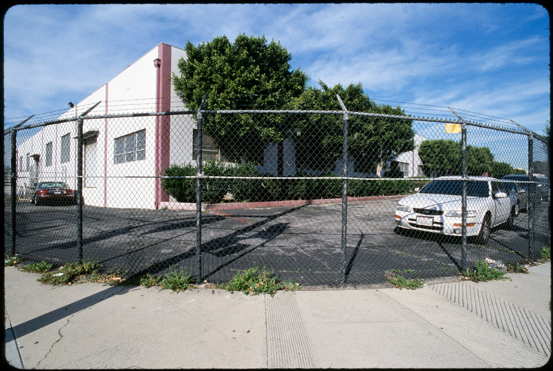 Industrial, commercial and residential sites near airport, Hawthorne, 2005