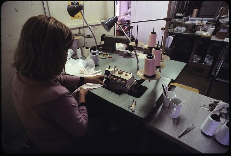 Jo Anne's Fusing, Gardena, 2004