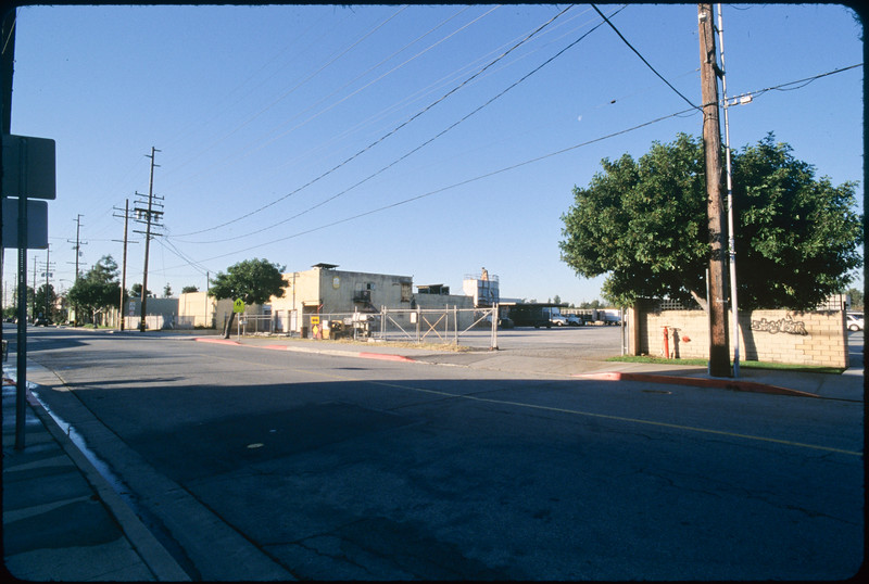 Business and residential buildings along  Loma Avenue, South El Monte, 2005