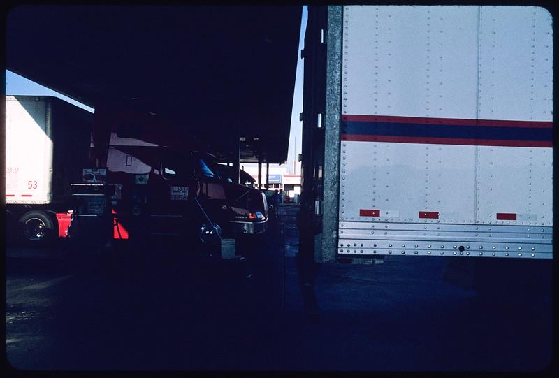 Truck stops, Ontario, 2004