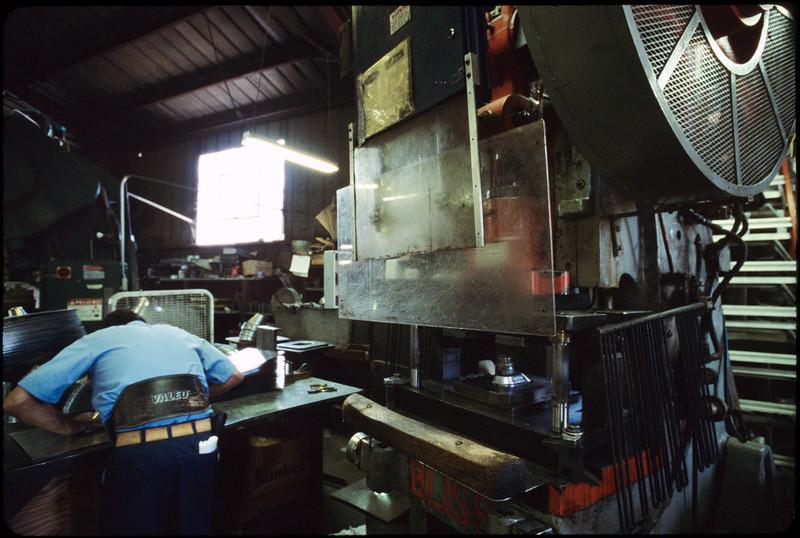 Angelus Sheet Metal and Plumbing Supplies, Los Angeles, 2005