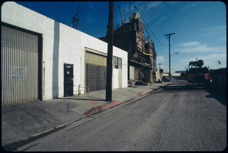 Industrial and commercial buildings, Commerce, 2005