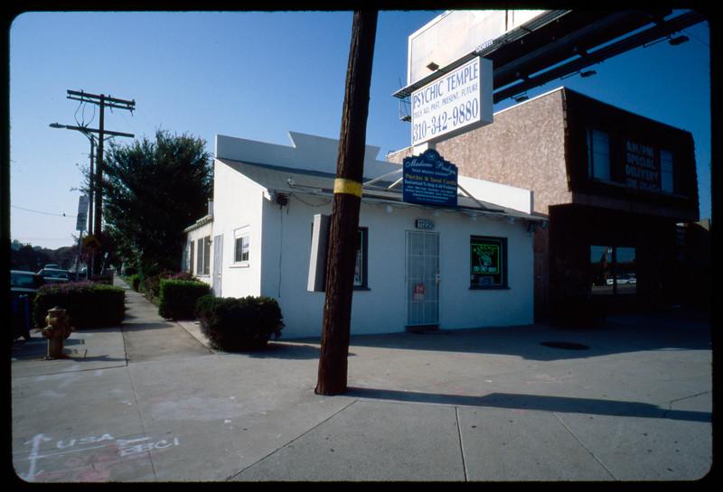Madame Paulyn Mystic Temple, Los Angeles, 2005