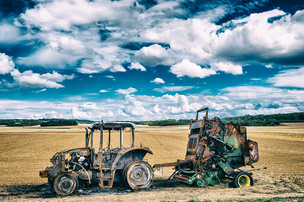 dead tractor