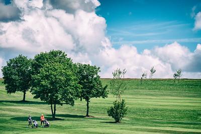 golfing ladies