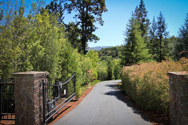 27464 Altamont Dr, Los Altos Hills