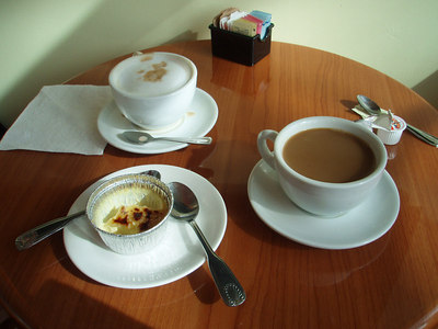 creme brulee and capuccino at sugar cakes