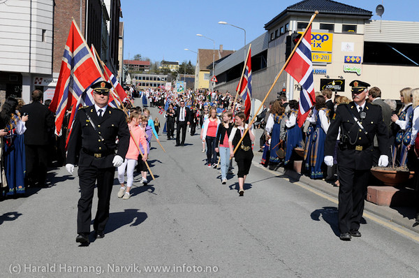 17. mai 2009, barnetoget på vei mot sentrum