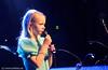 Alexandra Sæther fremførte egenkomponert sang om Kulturskolen. Konsert Folkets Hus, Narvik, 17.1 2009. Mønstring av kulturlivet og kulturskolens viktighet i forb. m. forslag om å kutte stilinger og penger til kulturskolen.