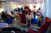 Narvik kirkes barne og ungdomskantori sang for beboere på Oscarsborg bo- og servicesenter 23.12.2010. Dette er en åreviss tradisjon. Etter konserten var det litt servering for sangerne og kaffe/kaker for beboerne. Akkompagnement ved kantor Ingjerd Grøm.