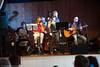 Visegruppa Springflo fremfører nordnorske og amerikanske ballader, Trældal samfunnshus 28. februar 2015. Arr: Rombaken Vel. Medvirkende: Hans Gundersen (gitar, banjo), Roy Espen Olsen (gitar), Per Henrik Mørk (bass), Kristel Langhard (vokal, munnspill, fløyte) og Kathrine Sørensen (vokal og munnspill).