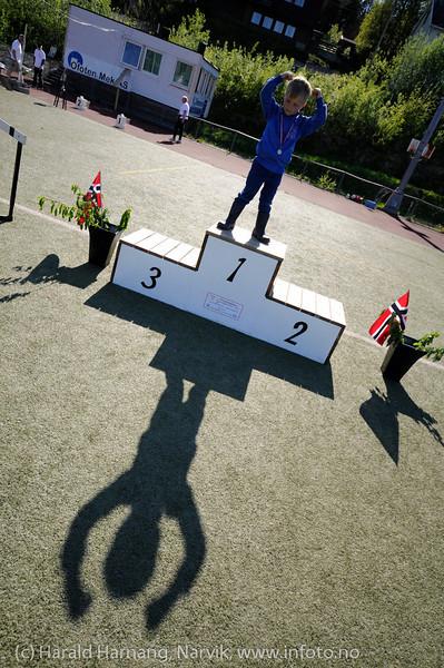 Greit å øve seg i å bli nummer 1. Narviklekene 2012. Narvik stadion. Foto: 17.-juni.