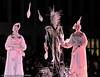 Vinterfestuka 2008. Fransk gateteatergruppe Compagnie Malabar kjørte et spektakulært show i Narvik sentrum. Ei skute, artister på stylter og mye akrobatikk. Forestillingen, Les Voyage des Aquareves, var REC Scancells gave til Narvik i forb m åpningen av andre byggetrinn av solcellefabrikken.
