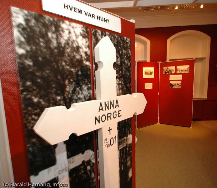 Utstilling om Anna fra Norge, eller Svarta Bjørn. Ofoten Museum, foto fra utstillinger under Vinterfestuka 2006.
